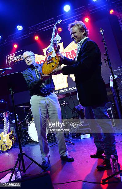 David Berryman VP Gibson and Recording Artist Lee Roy Parnell unveil the Gibson Custom Southern Rock tribute 1959 Les Paul Guitar at the 12th And...