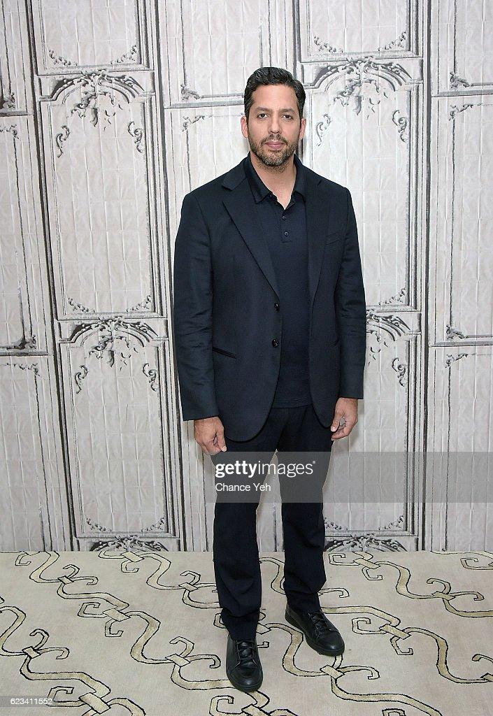 David Blaine attends The Build Series to discuss his new special 'David Blaine: Beyond Magic' at AOL HQ on November 15, 2016 in New York City.
