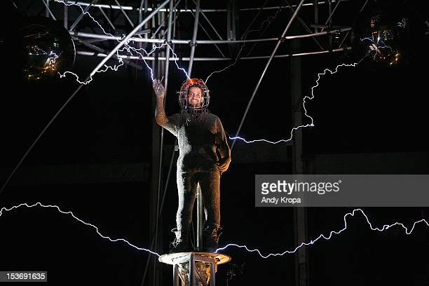 David Blaine attends the 'Electrified 1 Million Volts Always On' stunt finale at Pier 54 on October 8 2012 in New York City