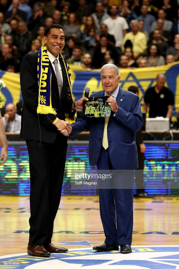 David Blu & Shimon Mizrahi during the 2017/2018 Turkish Airlines EuroLeague Regular Season Round 11 game between Maccabi Fox Tel Aviv and Valencia Basket at Menora Mivtachim Arena on December 7, 2017 in Tel Aviv, Israel.