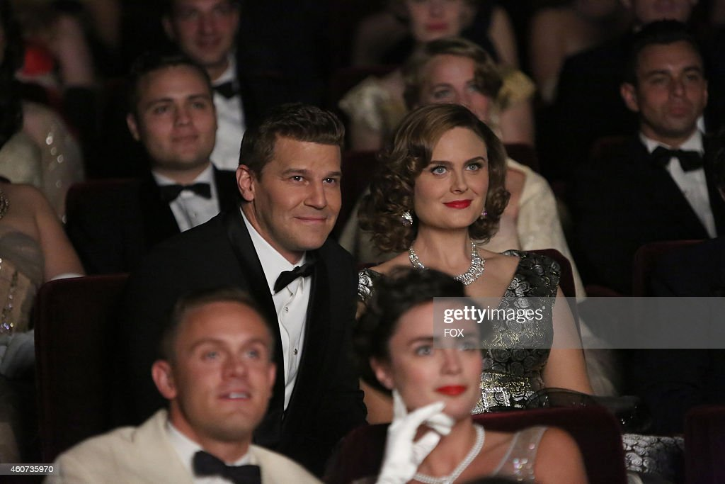 David Boreanaz (L) and Emily Deschanel in the 'The 200th in the 10th' 200th episode of BONES airing Thursday, Dec. 11, 2014 (8:00-9:00 PM ET/PT) on FOX.
