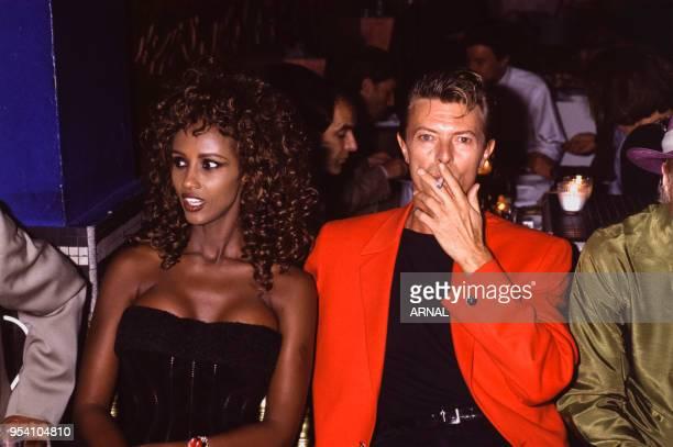 David Bowie et son épouse Iman lors d'une soirée en septembre 1991 à Paris France