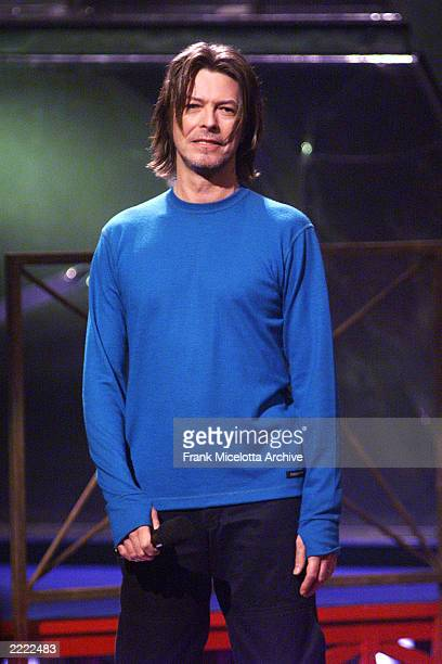 David Bowie introduces Lauryn Hill at the 1999 MTV Music Video Awards at the Metropolitan Opera House, Lincoln Center in New York City on September...