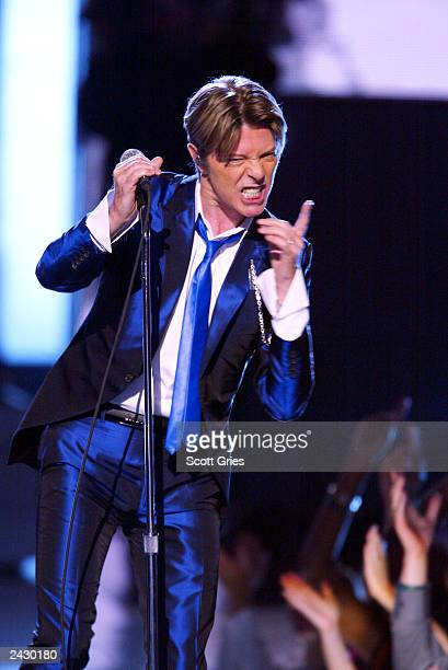 David Bowie onstage performing at the 2002 VH1 Vogue Fashion Awards at Radio City Music Hall in New York City 10/15/02 Photo by Scott Gries/Getty...