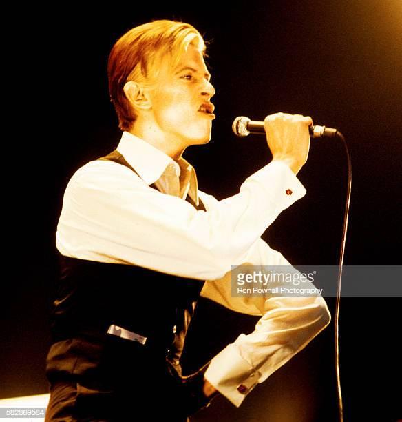 David Bowie performs at Boston Garden March 17 1976