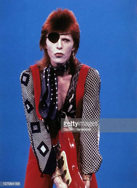David Bowie performs on the Dutch TV show TopPop playing the song 'Rebel Rebel' and wearing an eye patch on 7th February 1974 in Hilversum,...