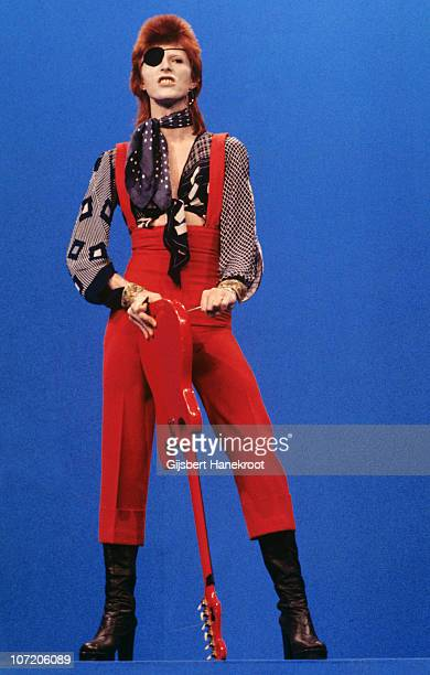 David Bowie performs 'Rebel Rebel' on the TV show TopPop on 7th February 1974 in Hilversum, Netherlands.