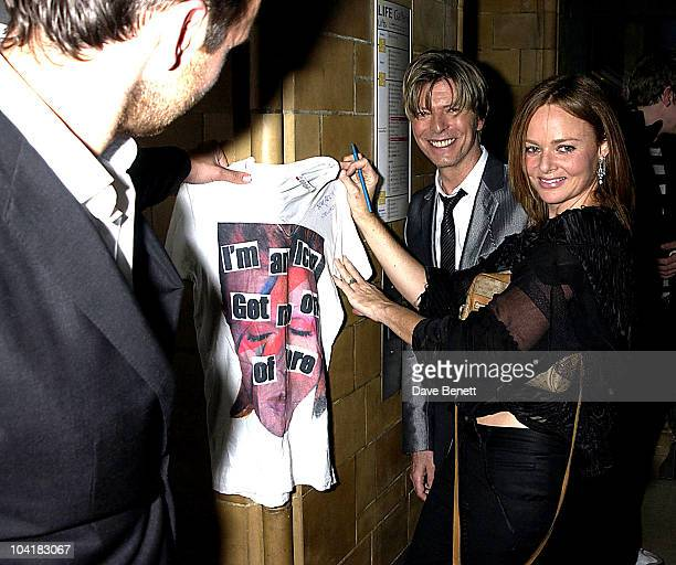 David Bowie Stella Mccartney Gq Men Of The Year Awards At The Natural History Museum In London