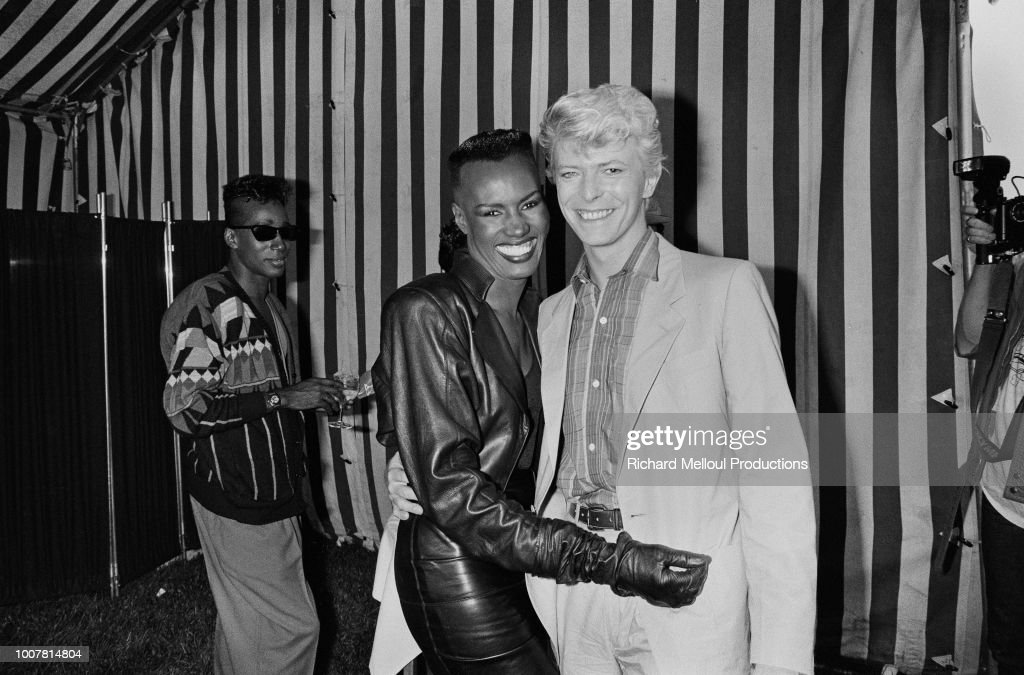 British singer David Bowie and Grace Jones : Photo d'actualité