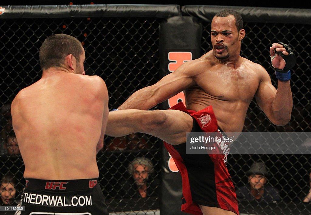 UFC Fight Night: Drwal vs. Branch : News Photo
