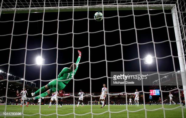 David Brooks of AFC Bournemouth scores his sides first goal past Wayne Hennessey of Crystal Palace during the Premier League match between AFC...