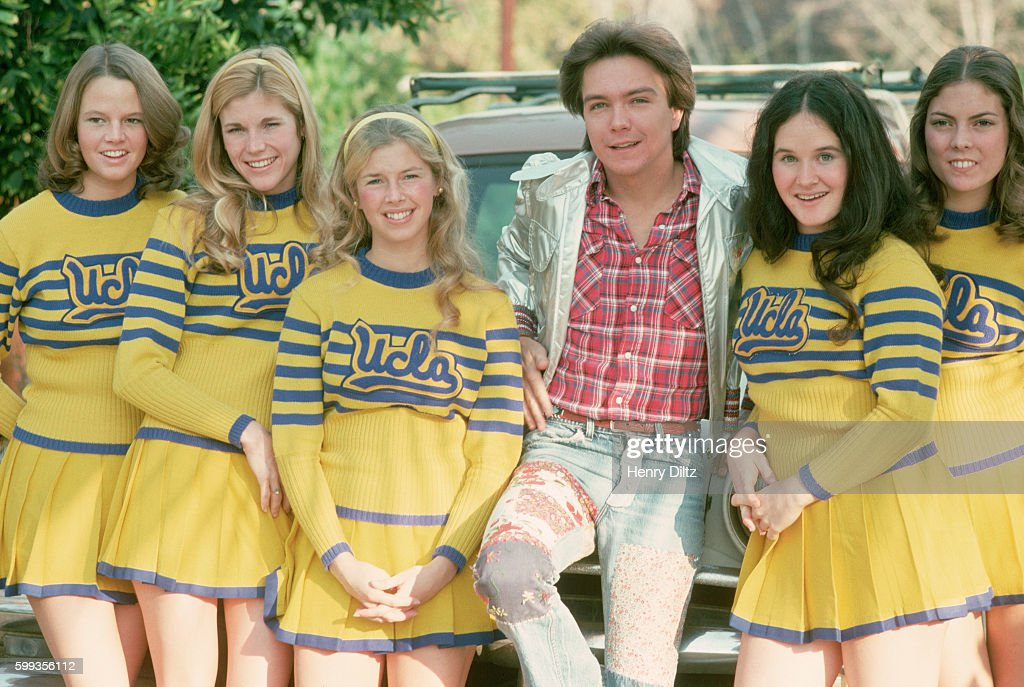David Cassidy with UCLA Cheerleaders : News Photo
