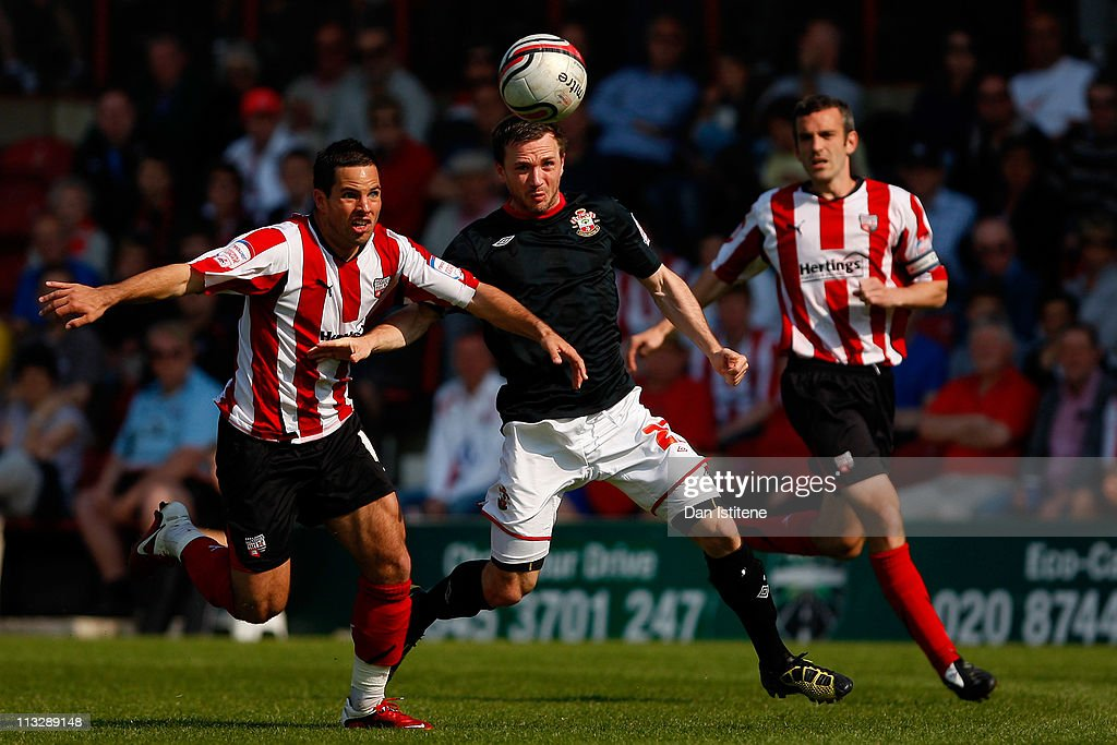 Brentford v Southampton - npower League One : News Photo