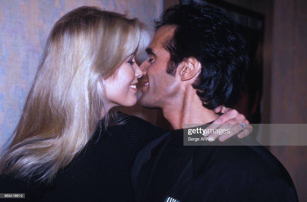 David Copperfield décoré des Arts et Lettres en 1994 : News Photo