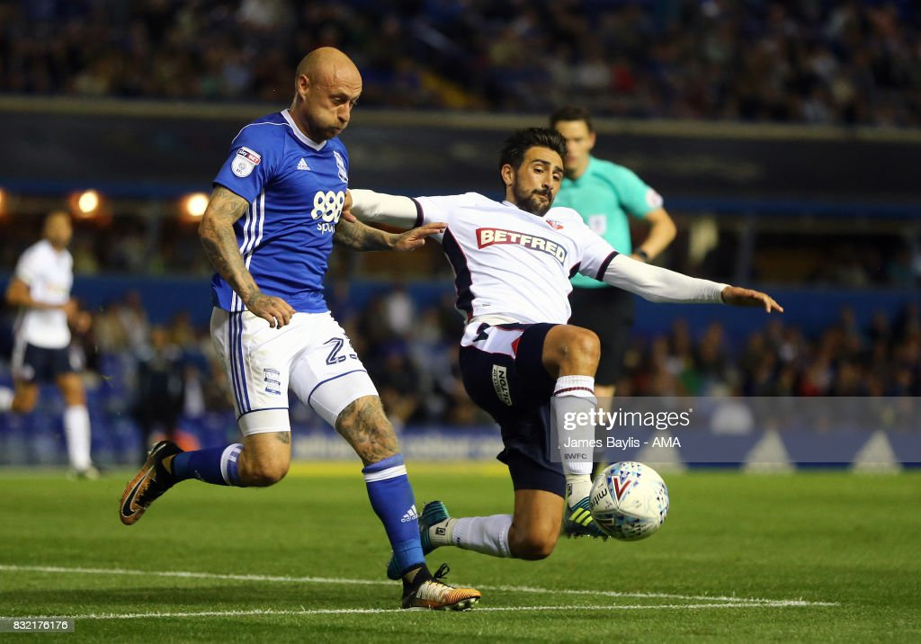 David Cotterill of Birmingham City and Jem Karacan of Bolton Wanderers during the Sky Bet Championship match between Birmingham City and Bolton Wanderers at St Andrews (stadium) on August 15, 2017 in Birmingham, England.