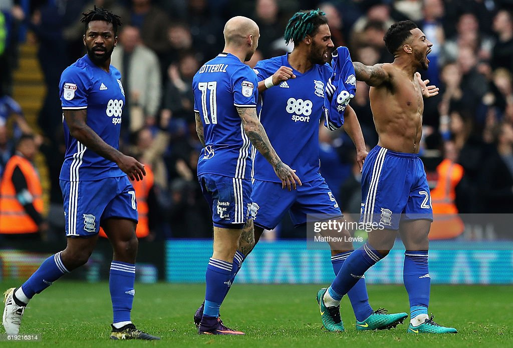 David Davis of Birmingham City celebrates his goal during the Sky Bet Championship match between Birmingham City and Aston Villa at St Andrews (stadium) on October 30, 2016 in Birmingham, England.