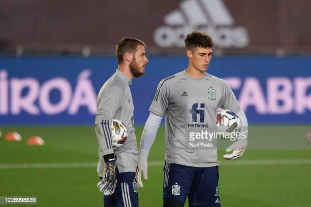 David De Gea and Kepa Arrizabalaga of Spain during the warmup before the UEFA Nations League group stage match between Spain and Switzerland at...