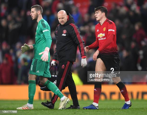 David De Gea and Victor Lindelof of Manchester United react following the Premier League match between Manchester United and Crystal Palace at Old...
