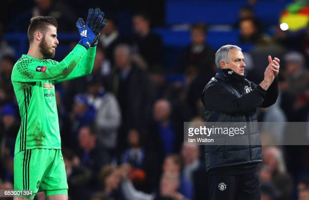 David De Gea of Manchester United and Jose Mourinho manager of Manchester United applaud the crowd after during The Emirates FA Cup QuarterFinal...