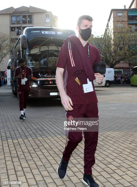 David de Gea of Manchester United arrives ahead of the UEFA Europa League Quarter Final First Leg match between Granada CF and Manchester United at...