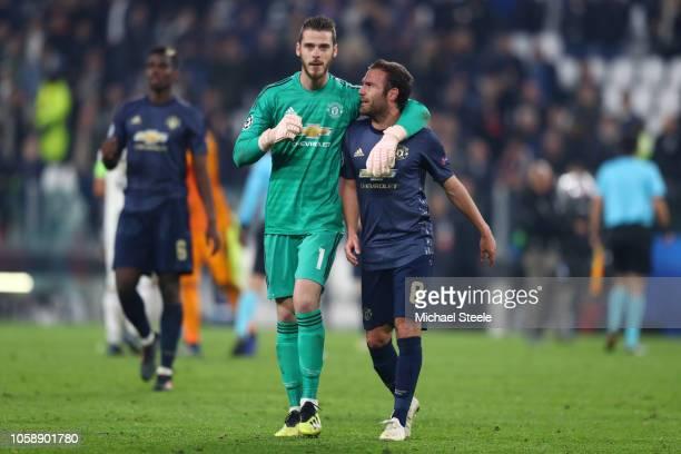 David De Gea of Manchester United celebrates victory with Juan Mata of Manchester United after the UEFA Champions League Group H match between...