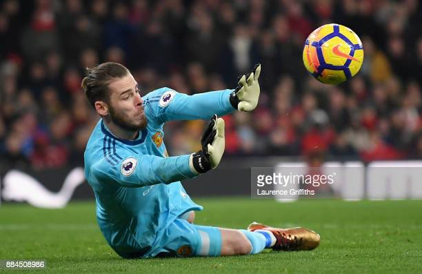 David De Gea of Manchester United makes a save during the Premier League match between Arsenal and Manchester United at Emirates Stadium on December...