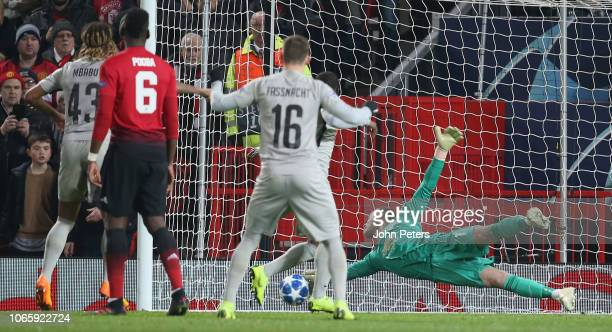 David de Gea of Manchester United makes an athletic save during the Group H match of the UEFA Champions League between Manchester United and BSC...