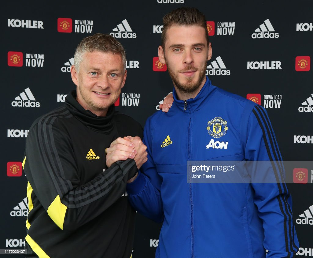 David de Gea Signs a New Contract at Manchester United : News Photo