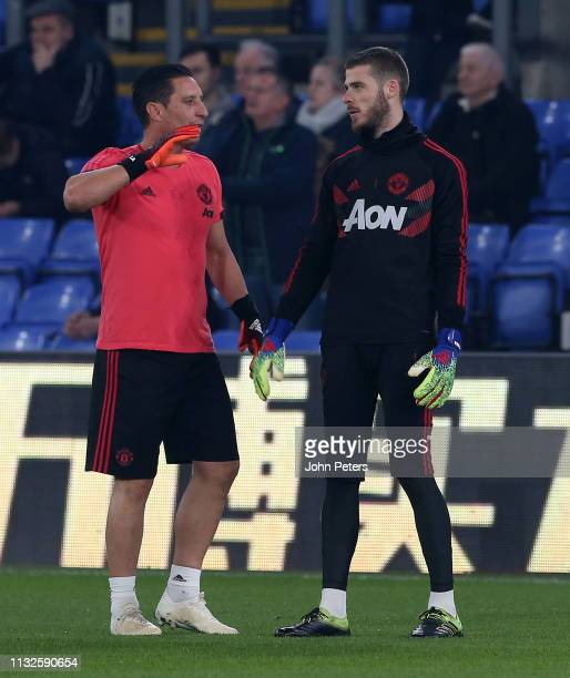 David de Gea of Manchester United warms up ahead of the Premier League match between Crystal Palace and Manchester United at Selhurst Park on...