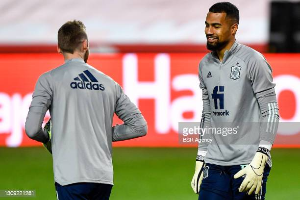 David de Gea of Spain and Robert Sanchez of Spain during the FIFA World Cup 2022 Qatar Qualifier match between Spain and Greece at Estadio Municipal...