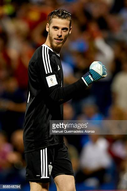 David De Gea of Spain celebrates his side's second goal during the FIFA 2018 World Cup Qualifier between Spain and Albania at Rico Perez Stadium on...