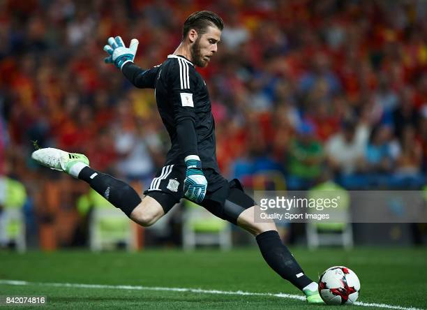 David De Gea of Spain in action during the FIFA 2018 World Cup Qualifier between Spain and Italy at Estadio Santiago Bernabeu on September 2 2017 in...