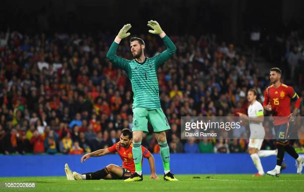 David de Gea of Spain reacts as Marcus Rashford of England scores his team's second goal during the UEFA Nations League A Group Four match between...