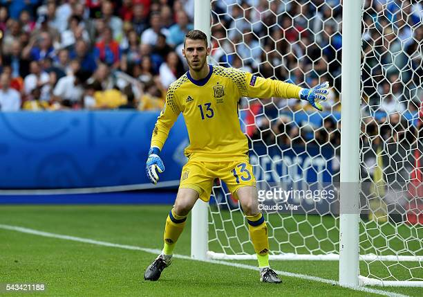 David De Gea of Spain reacts during the UEFA EURO 2016 round of 16 match between Italy and Spain at Stade de France on June 27 2016 in Paris France