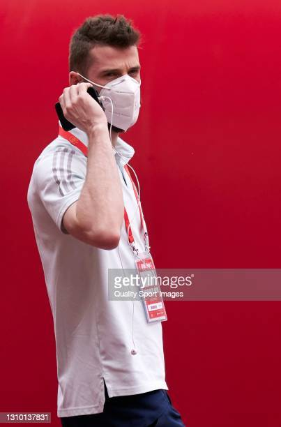 David de Gea of Spain speaks on the phone prior to the FIFA World Cup 2022 Qatar qualifying match between Spain and Kosovo at Estadio de La Cartuja...