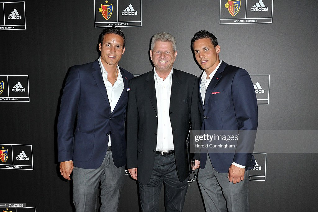 Óptima digestión estante  David Degen of FC Basel, Hans Hobi, adidas Sports Marketing Manager... News  Photo - Getty Images