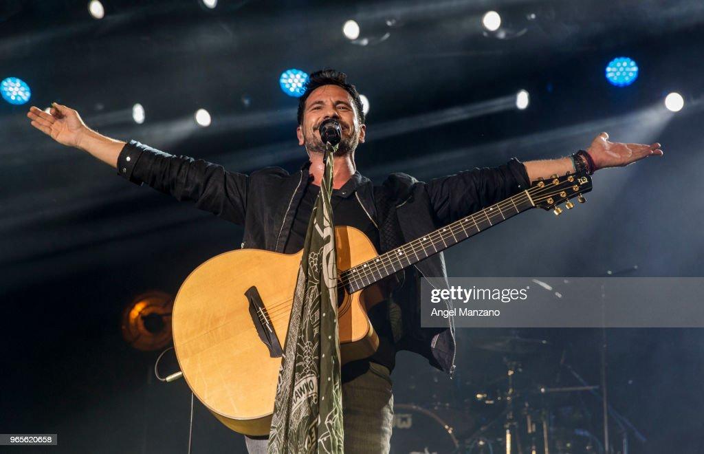 David DeMaria Performs in Concert in Madrid