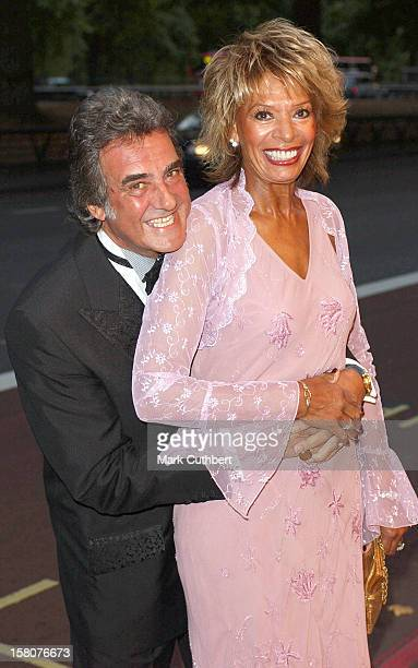 David Dickinson Attends The 2003 'Tv Quick Awards' At The Dorchester In London