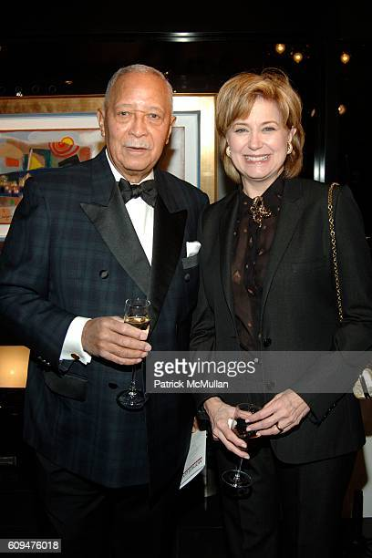 David Dinkins and Jane Pauley attend The CHILDREN'S HEALTH FUND Art of Helping Kids Party at Edun Fine Art on January 25 2007 in New York City