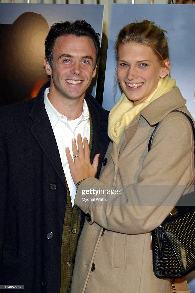 """""""Live From Baghdad"""" Premiere - New York : News Photo"""