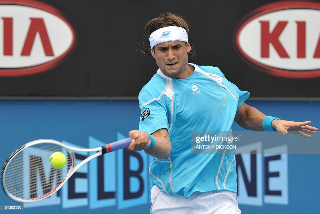 David Ferrer of Spain plays a stroke during his men's singles match against Dominik Hrbaty of Slovakia at the Australian Open tennis tournament in Melbourne on January 21, 2009. Ferrer won 6-2. 6-2. 6-1. .AFP PHOTO/Antony DICKSON