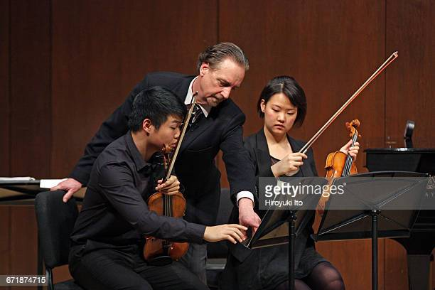David Finckel Master Class at Juilliard School's Paul Hall on Monday afternoon March 21 2016 This image With Nova Quartet From left David Chang David...