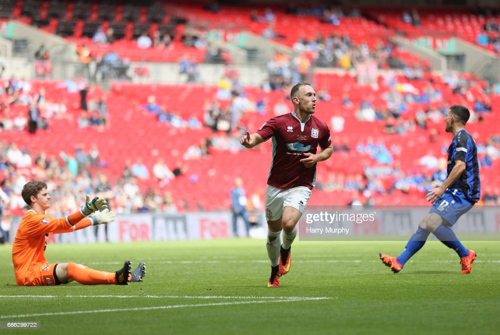 South Shields v Cleethorpes Town - The Buildbase FA Vase Final : News Photo