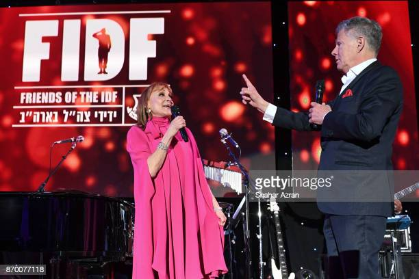 David Foster and Linda Rubin at the FIDF Western Region Gala at The Beverly Hilton Hotel on November 2 2017 in Beverly Hills California