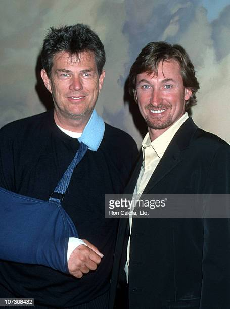 David Foster and Wayne Gretzky during NARAS LA Chapter hosts the 2000 Governor's Awards June 15 2000 at Beverly Hills Hotel in Beverly Hills...