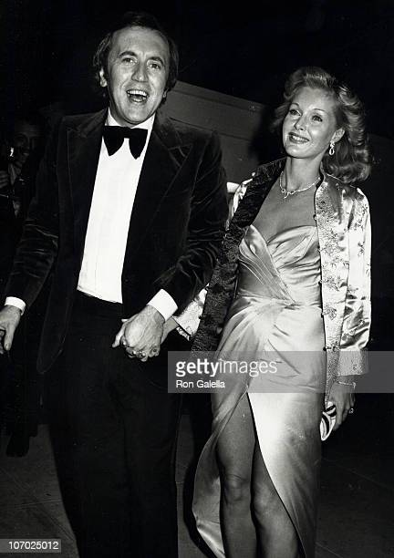 David Frost and Carol Lynley during Swifty Lazaar's Academy Awards Party April 9 1979 at The Bistro in Los Angeles California United States