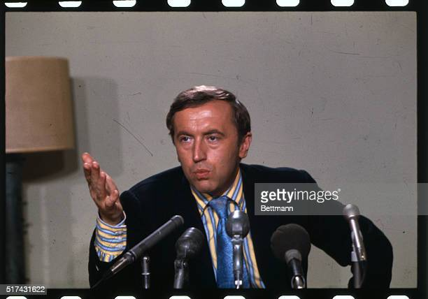 David Frost television show host at a press conference prior to an engagement at the Civic Theater in Portland