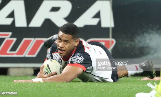 David Fusitua of the Warriors scores a try during the round eight NRL match between the Melbourne Storm and the New Zealand Warriors at AAMI Park on...