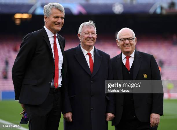 David Gill, Manchester United vice-chairman and Sir Alex Ferguson during the UEFA Champions League Quarter Final second leg match between FC...