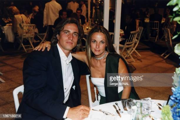 David Ginola et sa femme Coraline lors du diner d'inauguration le 1er juillet 1999 à Monaco
